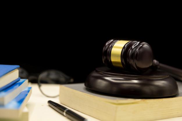 Trouver un avocat spécialisé en droit de la famille pour divorcer en Essonne